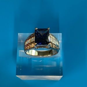 Gorgeous Simulated Sapphire and CZ ring